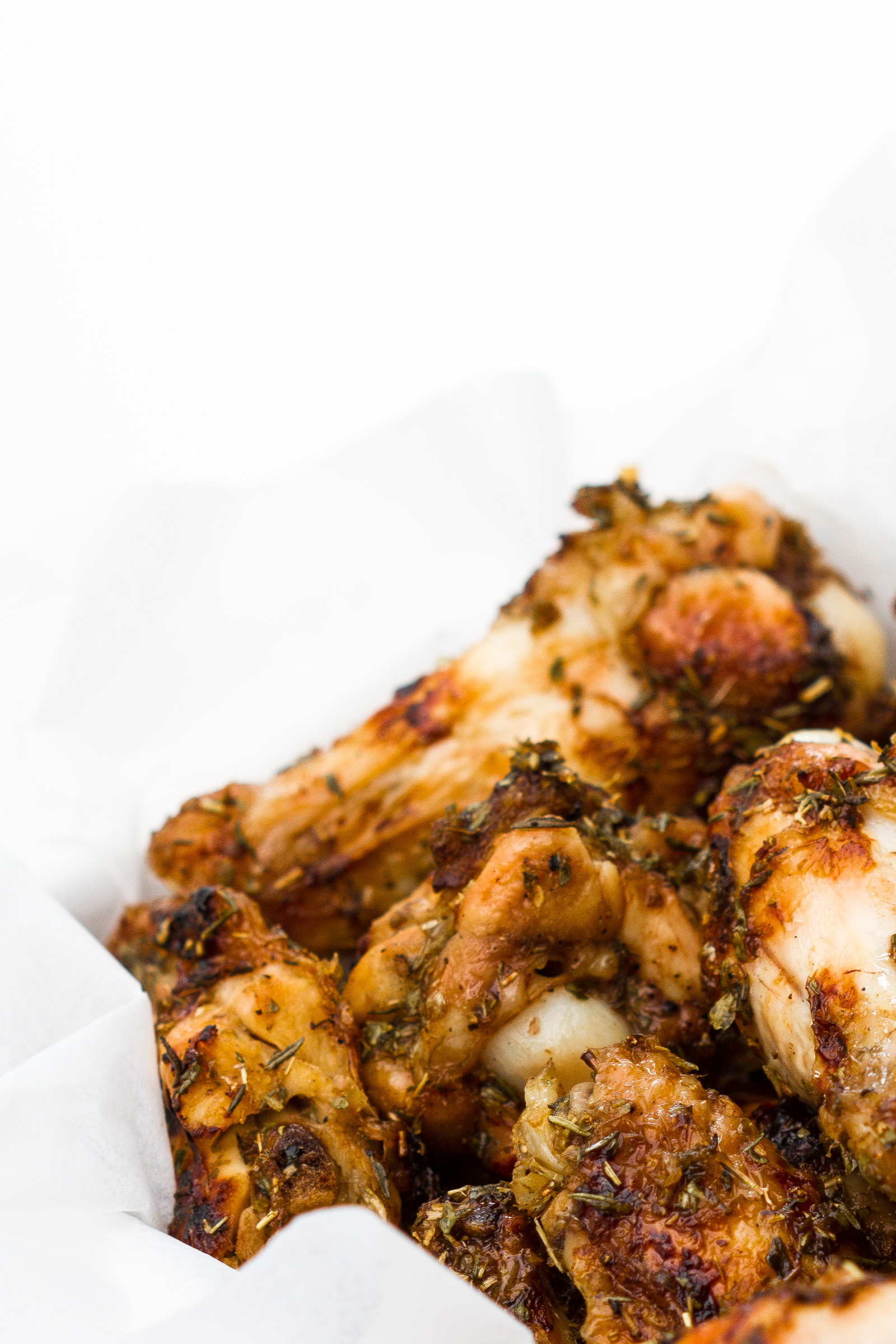 Chicken wings with honey and whiskey